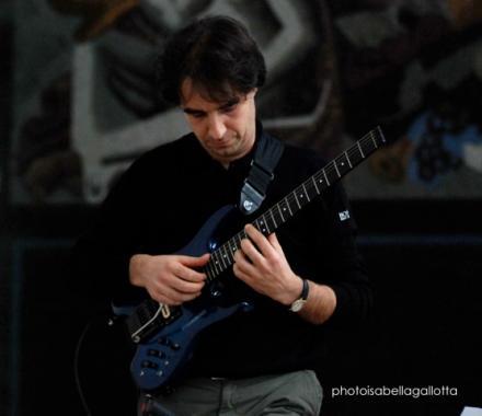 Andrea Menafra chitarrista